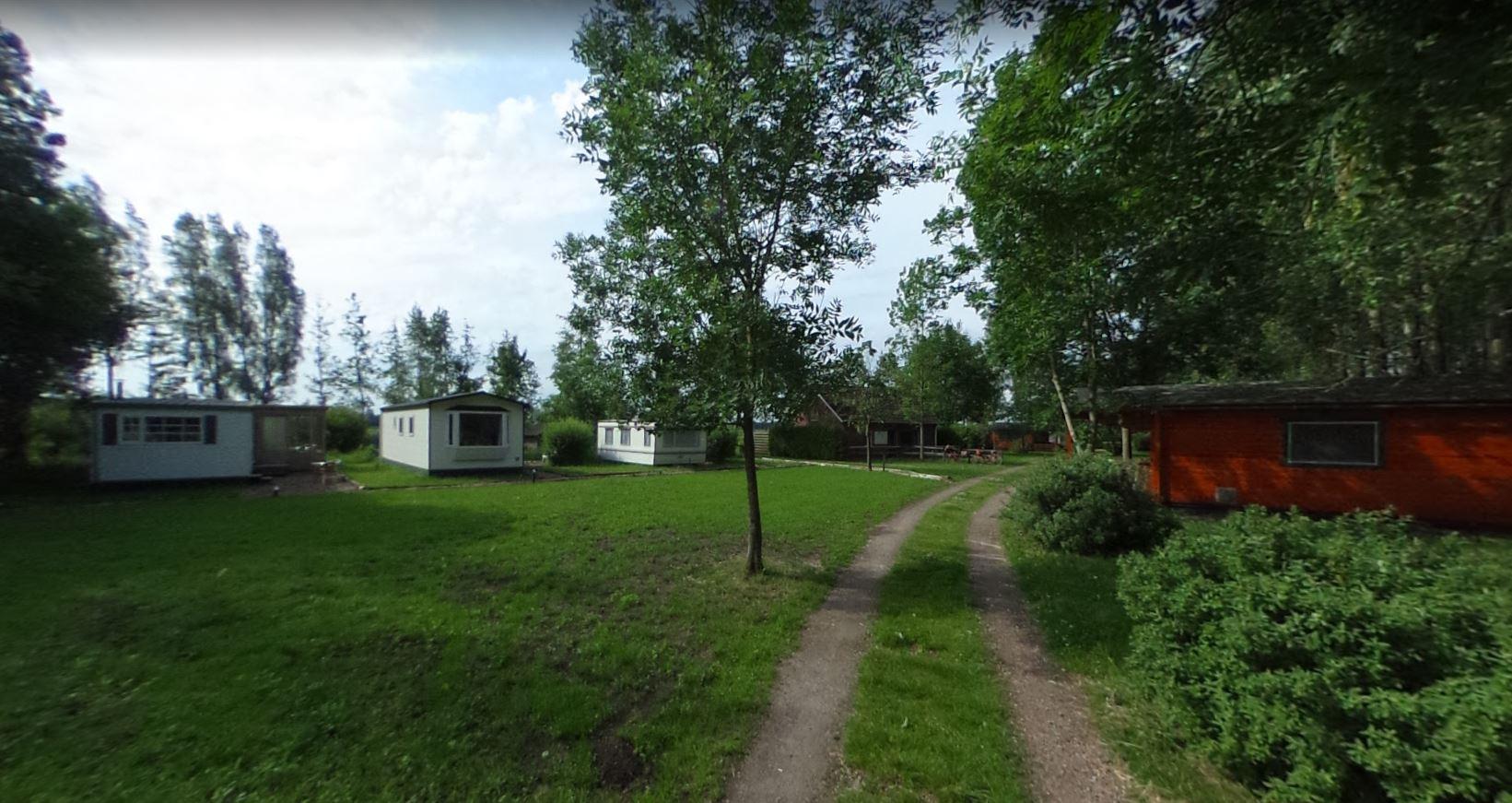 Overzicht terrein spirituele camping op krachtplaats in Nederland